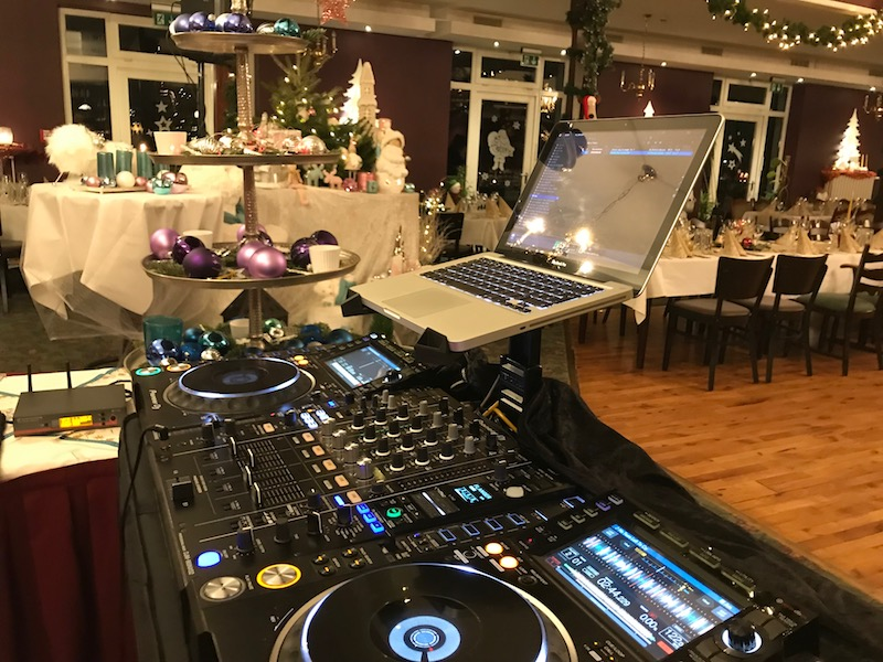 Firmenevent - DJ für Weihnachtsfeier buchen