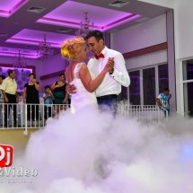fum nunta foto video Moldova Noua la Melody Ballroom