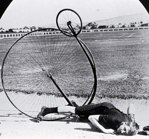 penny-farthing-crash.jpg-300