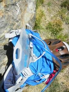 Memilih Tas Gunung_water Bladder