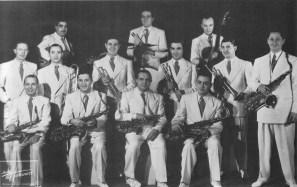 Le Jazz de Paris de Combelle avec Joseph Reinhardt, Pierre Fouad, Tony Rovira, Hubert Rostaing (sax)