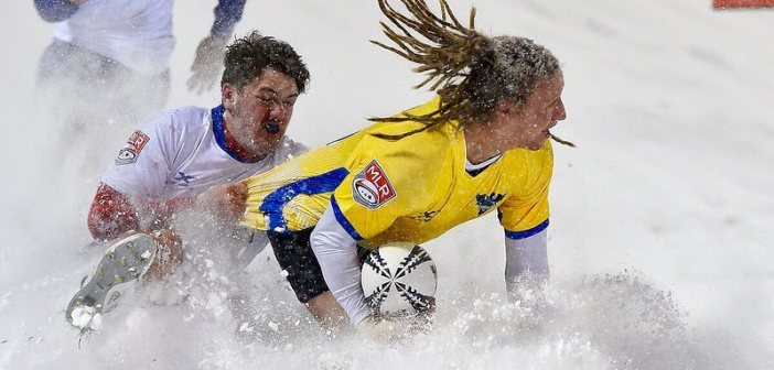 Glendale Raptors Win Snow Ball Over Toronto Arrows