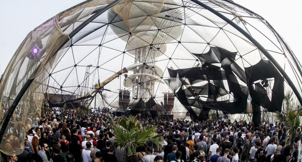 ECHOWAVES LOCKS BEN KLOCK, NINA KRAVIZ, RØDHÅD, MORE
