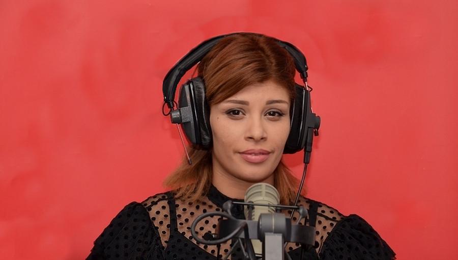 Zaza, de la chanteuse de mariage à l'artiste engagée