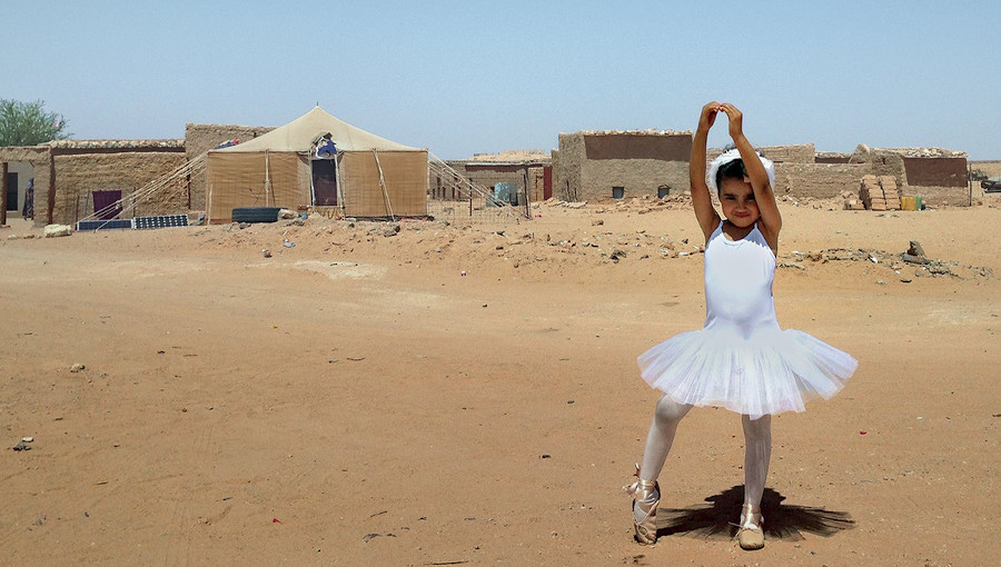 Aziza Brahim, Sahari, sahara occidental, militante, troisième album, nouvel album, leil, Amparo Sanchez, Tindouf, exil, réfugié, desert, front polisario