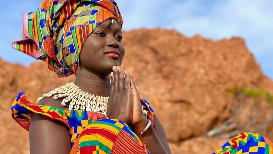 Mariaa Siga, Lagne Boote, Casamance, chanteuse sénégalaise, retour aux sources, diola, chanson en diola, nouvelle chanson