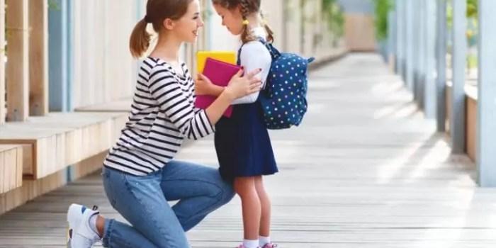5 Cara Mengajarkan Sopan pada Anak koreksi dan konsisten