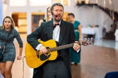 Śpiewający DJ na wesele