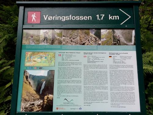 Hiking guide to Voringsfossen