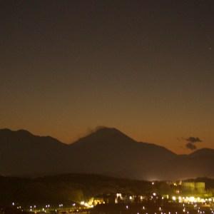 富士山、闇の中