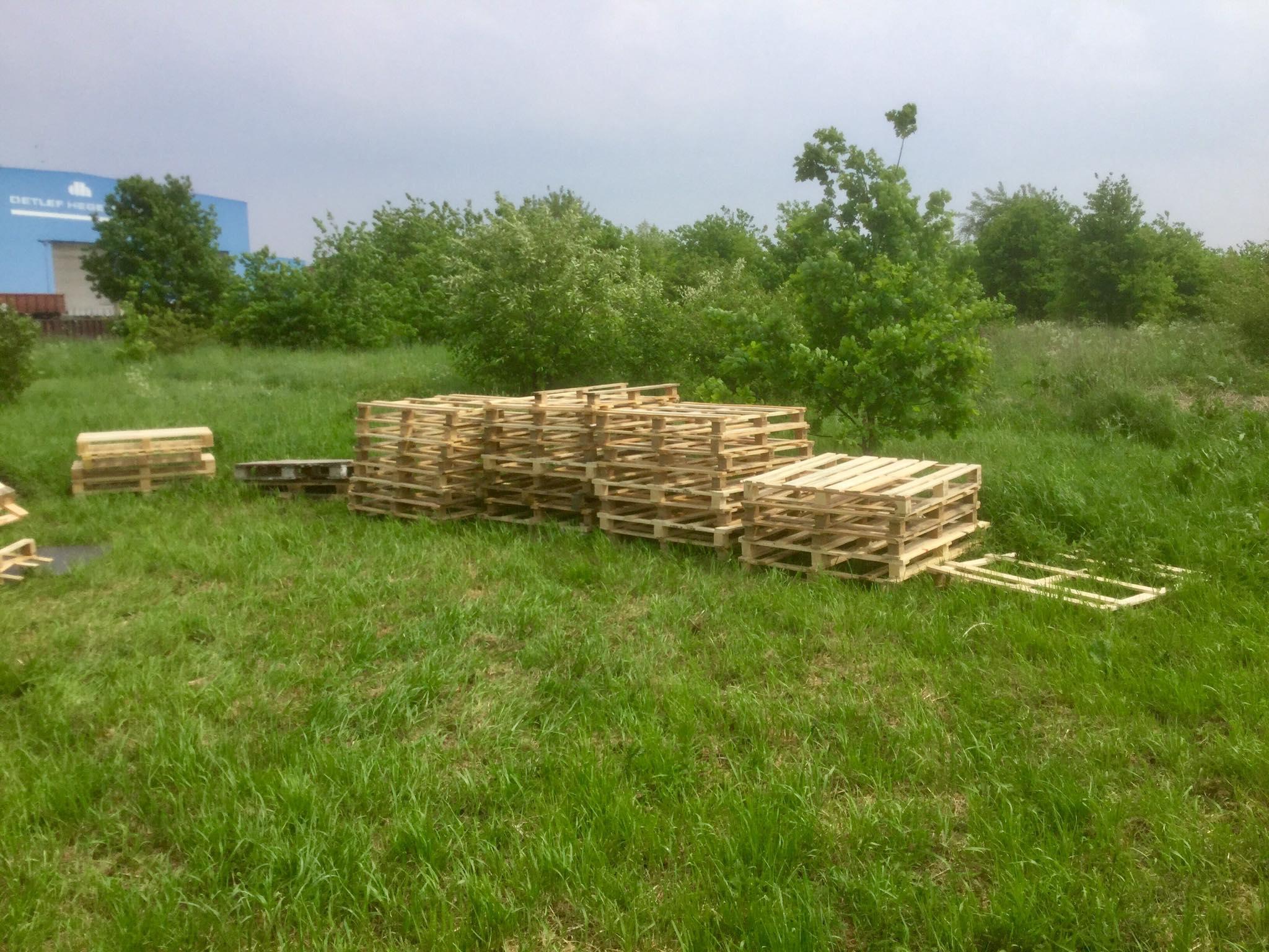 Aufbau Tag 45 einweg paletten müll zu keinweg paletten zaun – Die