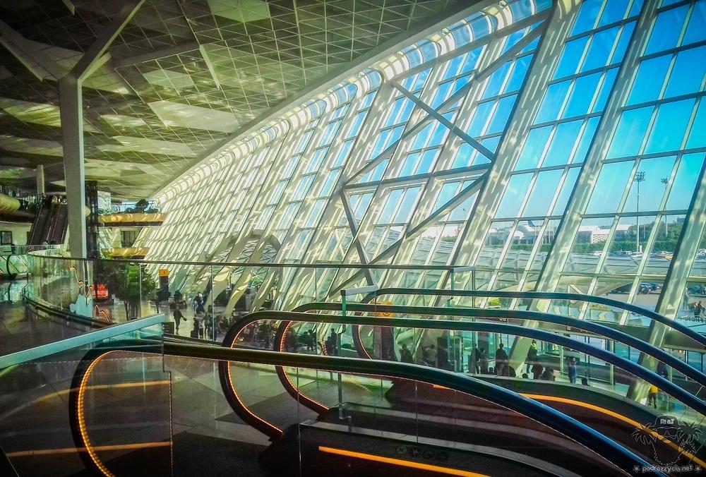 Podróż Życia, Baku, lotnisko