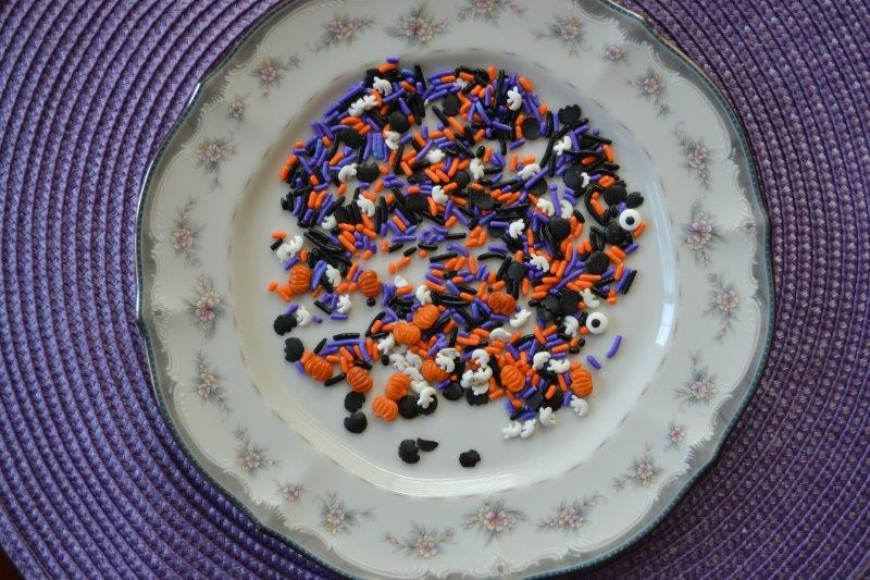 Halloween Candy Spoon Treats : Customize it for any occasion.