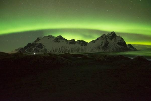 Auroras Boreales en Vestrahorn, Islandia