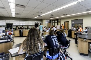 A Science Addition that brings together Classroom & Lab Spaces to inspire inquiry.