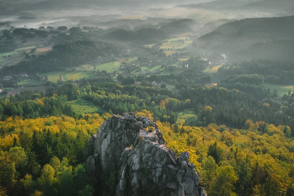 Sokolik Rudawy Janowickie jesień