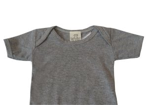 body para bebê cinza manga curta