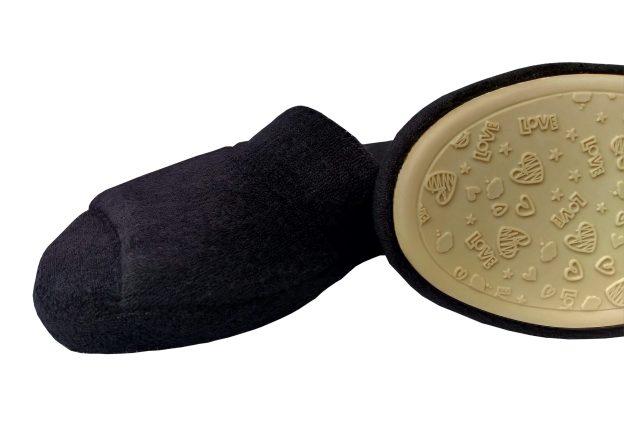 chinelo de quarto preto com sola antiderrapante