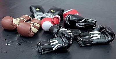 Боксерские перчатки. Виды и устройство. Как выбрать и особенности