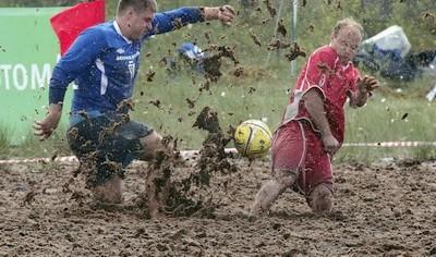 Bolotnui futbol 2