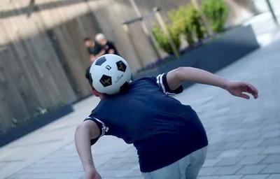 Futbolnyi fristail Upperbody