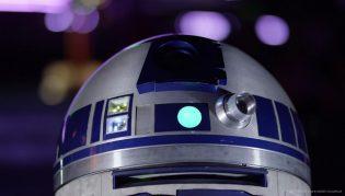 Disneyland Paris 25th Anniversary - R2D2 Star Wars