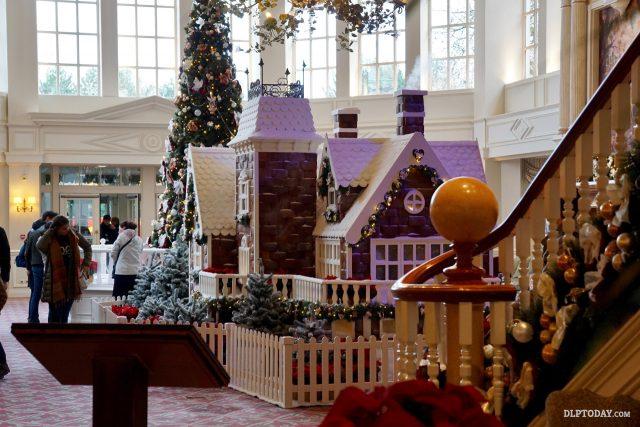 Disneyland Hotel Christmas Gingerbread House