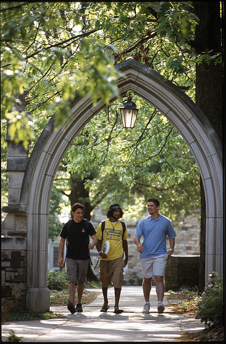 Rhodes College Digital Archives Dlynx Students Walking
