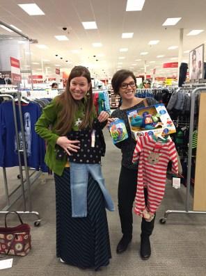 Elf Leah and Elf Danielle