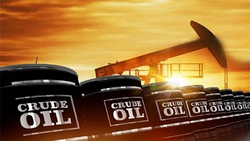Oil prices climb on improve demand in United States