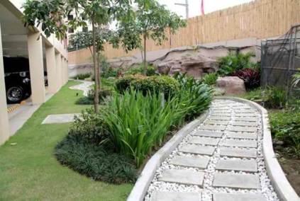 Magnolia Place DMCI