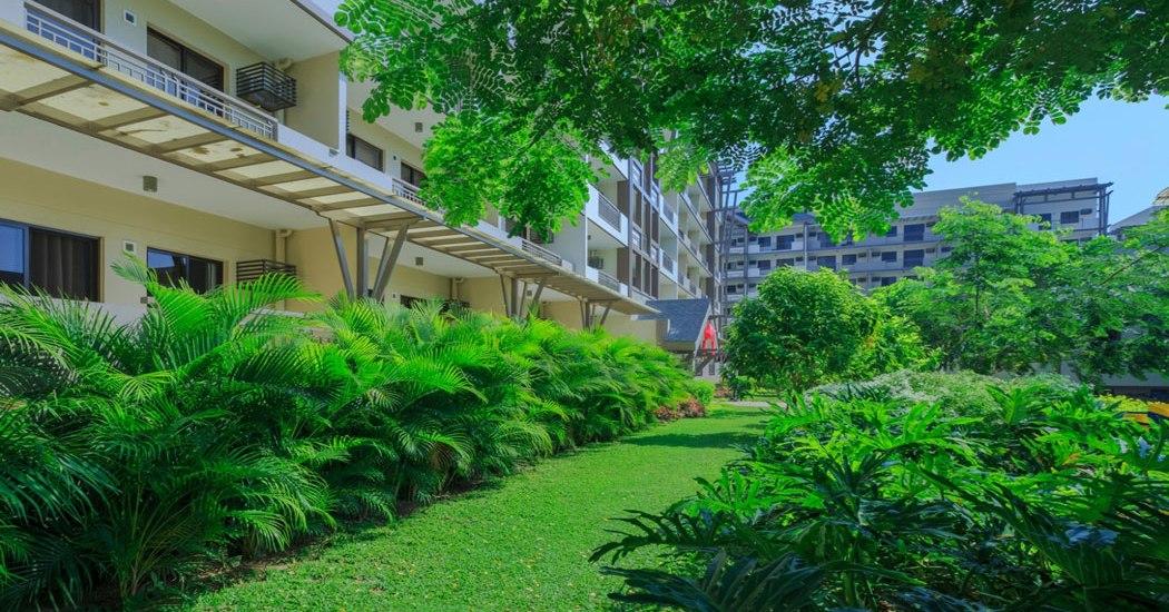 Arista Place Landscaped Gardens
