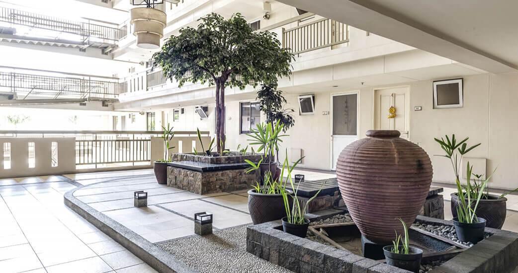 illumina-residences-manila-Landscaped Atriums-large