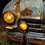 El Origen. Seat 1400 de 1955 – Nocturna de un coche clásico