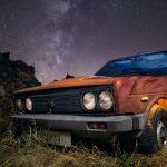 Estrellas a la fuga – Un 131 supermirafiori y la vía láctea