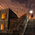 Escaleras olvidadas – Dando luz al antiguo apeadero