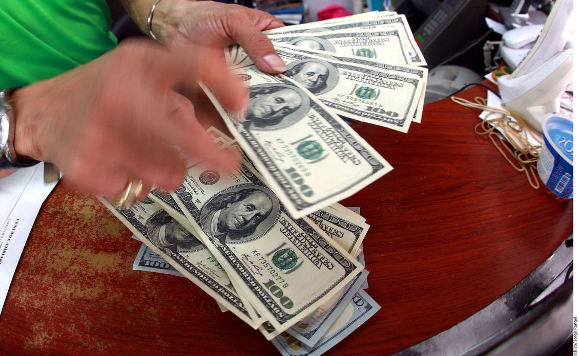 Remesas familiares suman $4,284.9 millones al mes de julio