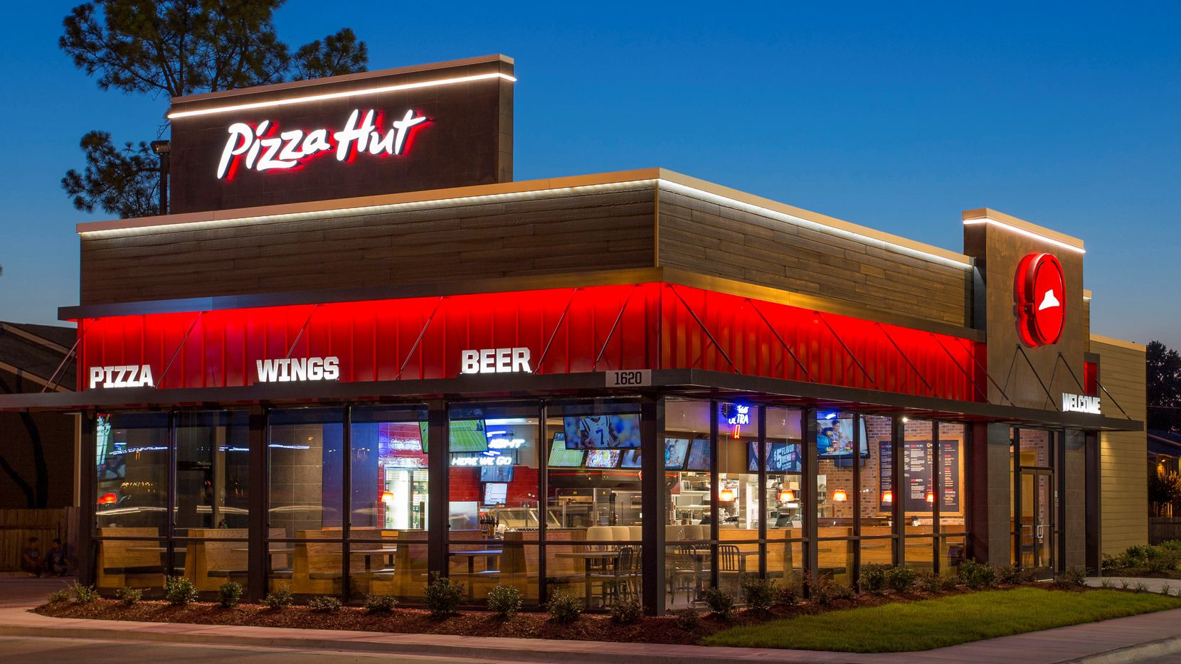 Plano-based Pizza Hut's largest franchise operator files for bankruptcy