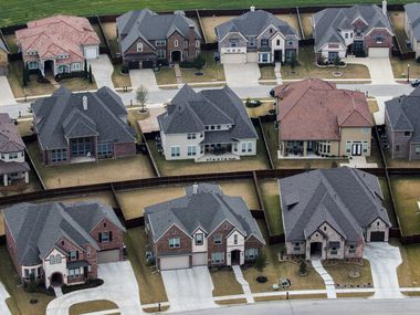 Fitch Ratings estimates D-FW home prices are 15% to 19% overvalued.