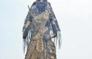 গিনেস বুকে নাম লেখাতে পাঁচ দিনে ১০০ ফুটের দুর্গা