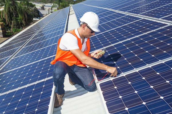 Electrician with DMR electric testing Solar installation in Lafayette CA.