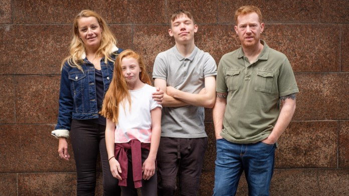 Sorry We Missed You (2019) Review – Simple Desire of Restitution