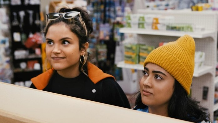 'Plan B' Summary & Review – A Stale Teenage Comedy