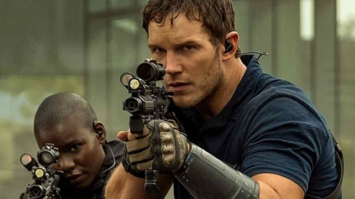 The Tomorrow War Ending & White Spikes Origins, Explained 2021 Film Chris Patt