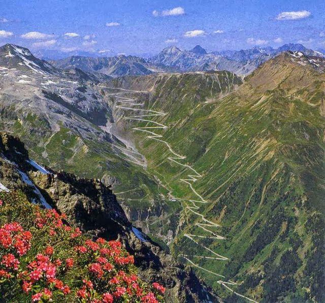 Stelvio Pass, 60 Hairpins On Fantastic Italian Alpine Roads | Route |  EatSleepRIDE