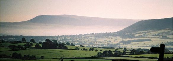 Pendle hill fog
