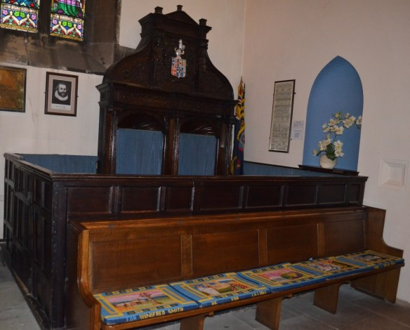 St Laurence Standish box