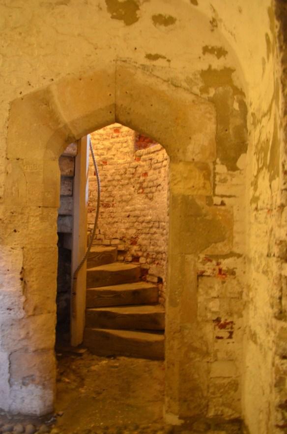 deal castle doorway to stairs