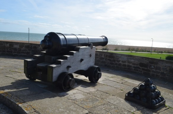 deal castle guns