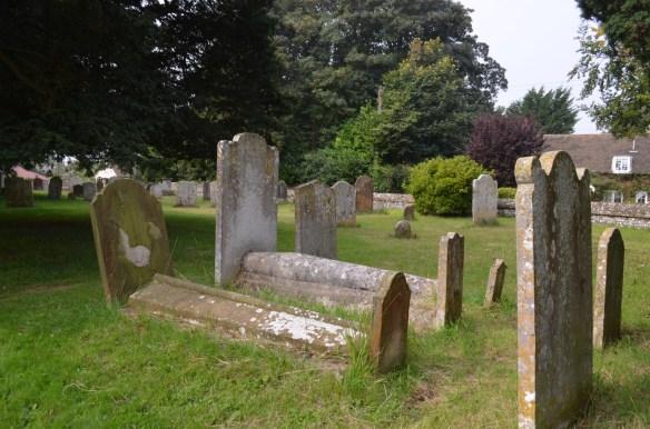 st nicholas ringwould churchyard7